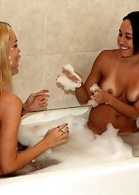 Watch this hot shaved teen gets fucked hard while sucking a cock in the tub hot lesbian sex